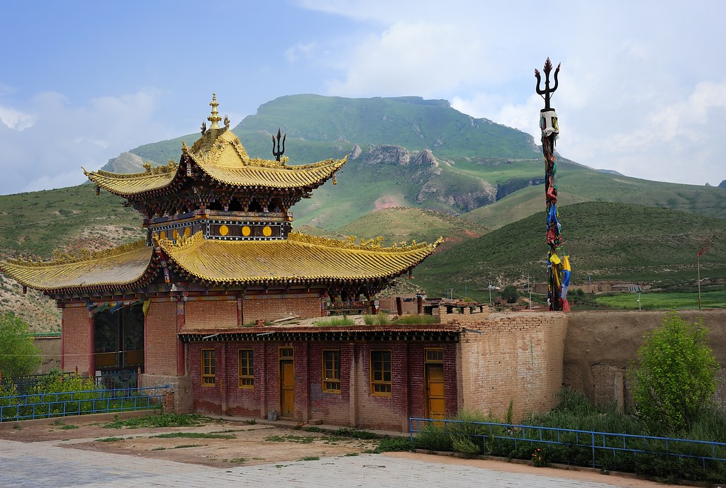 S Name 3d Wallpaper Entrance Building Of The B 246 N Temple Tibet 2012 Like To