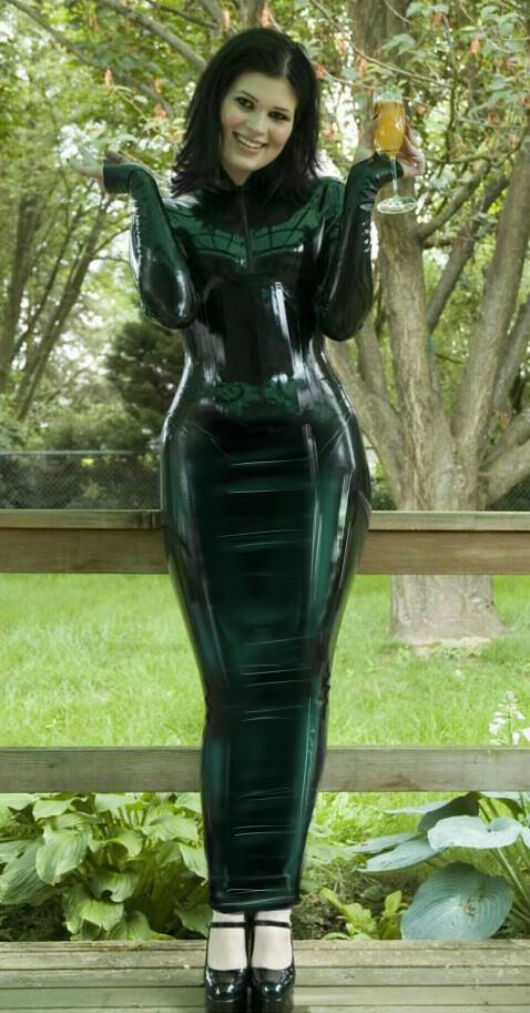 Shiny black latex hobble dress   Oh dear I think I need