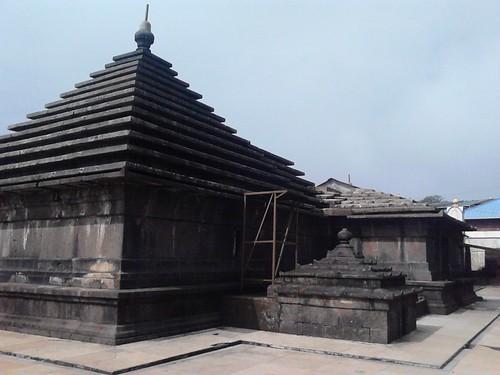 महाबलेश्वर भगवान का मंदिर : सौजन्य: Flickr