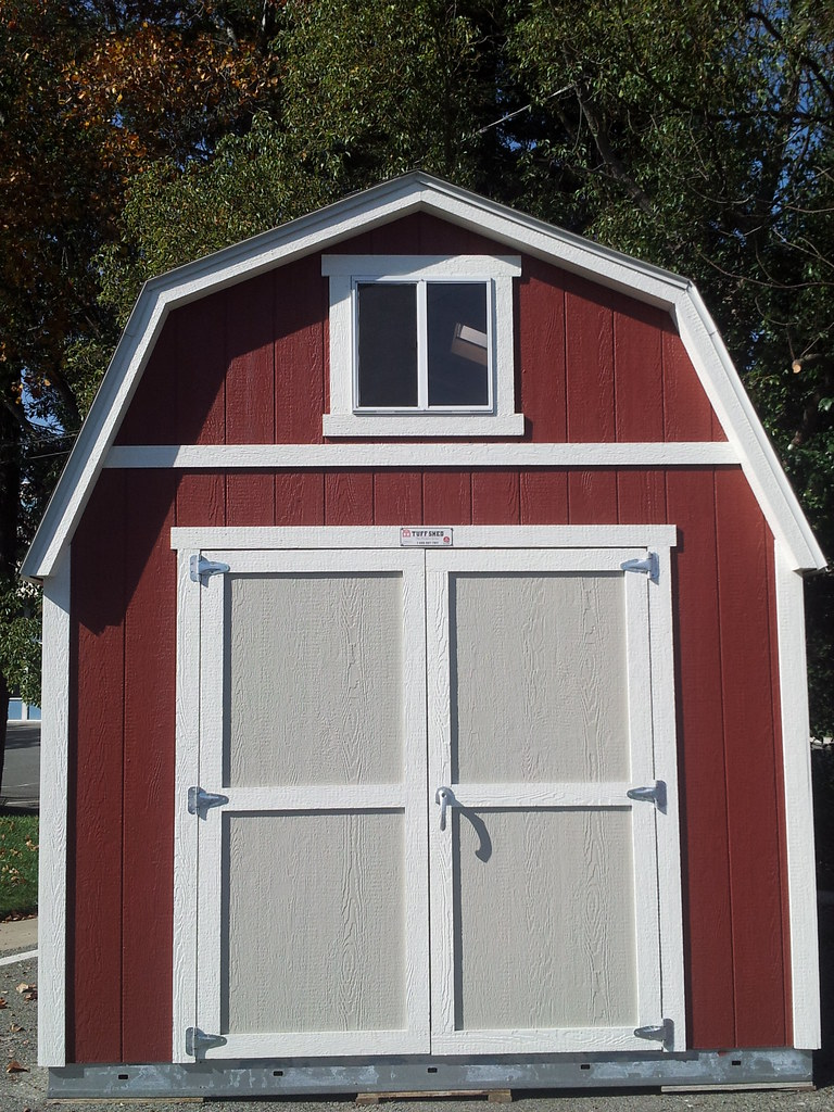 PRO Tall Barn 10x12  Good looking PRO Tall Barn with