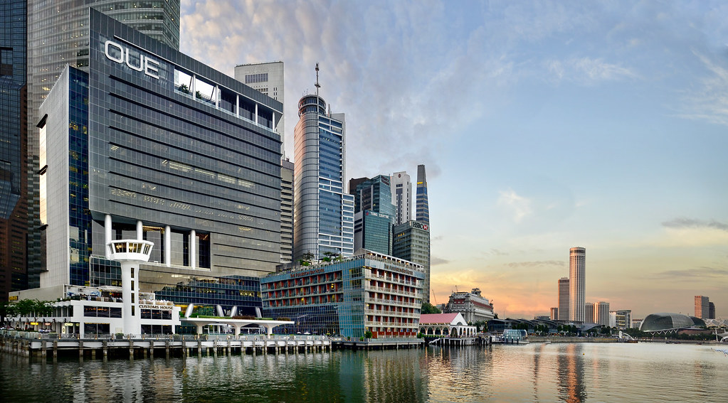 OUE Bayfront  Marina Bay  Another merge from 2 images