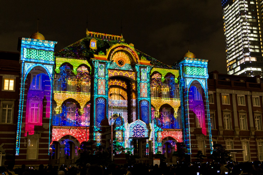 Projection Mapping to Tokyo Station Tokyo Michi Terrace 2