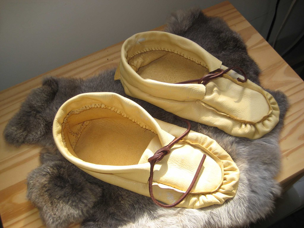 Ojibwe Moccasins  Here is the pair of puckertoe