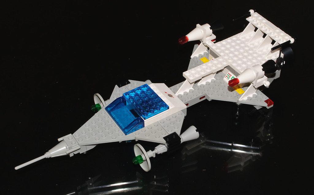 Lego Space  Set 6929 Star Fleet Voyager  A Lego Classic