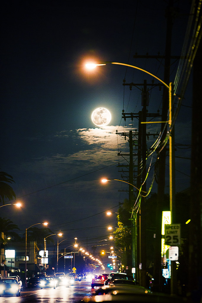 3d Moon Night Wallpaper Moon Over Street February S Full Moon Is Traditionally
