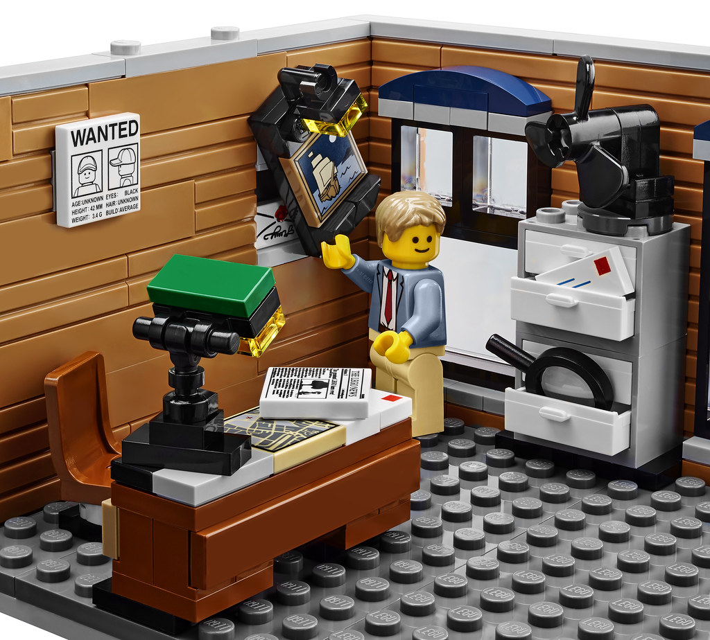 Lego Creator Expert 10246  Detective's Office  More