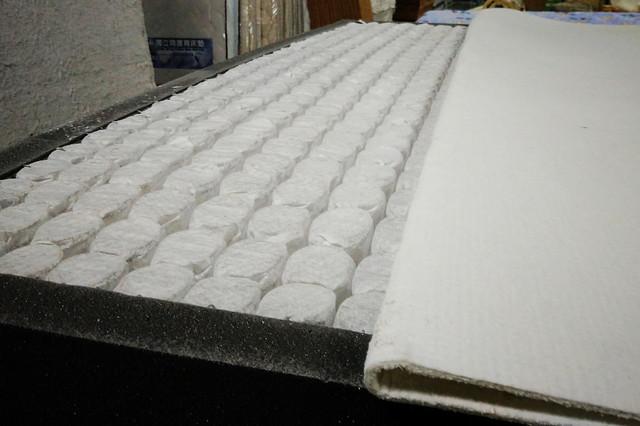 悅夢品牌床墊の製作過程分享04