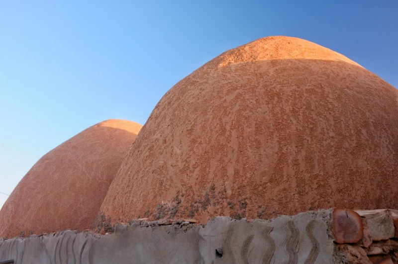 Ouadane; mud-dome roof