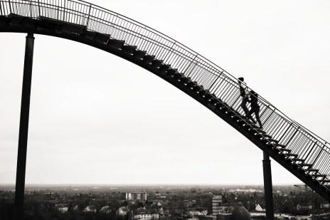 Afbeeldingsresultaat voor long stairway