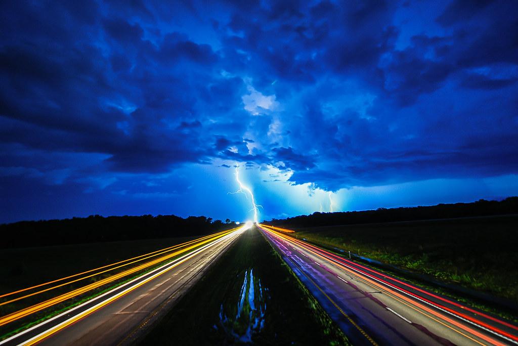 Jesus Christ Wallpaper Hd Lightning Highway Lightning Strikes On The Horizon