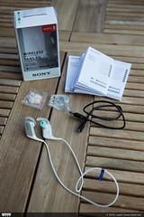 Inhoud verpakking Sony MDR-AS600BT