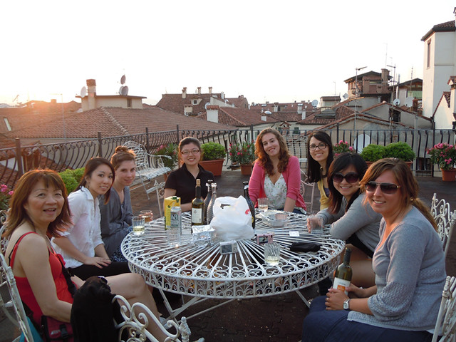 Learning Patience Abroad: 5 Tips on Surviving Travel with 30 Female Art History Students