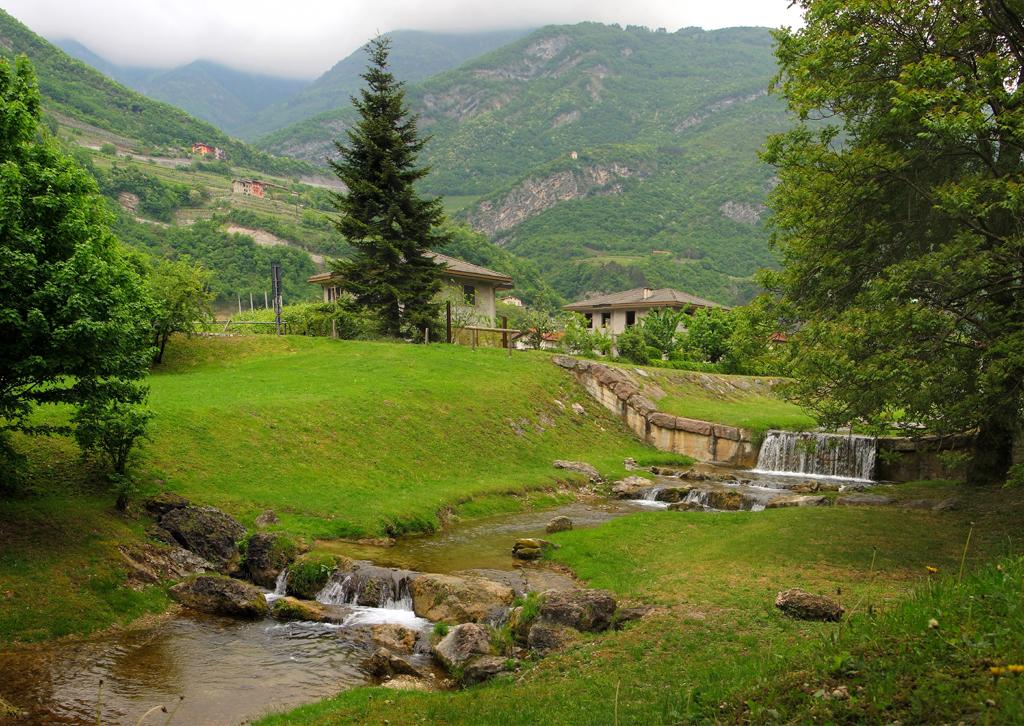 Happy Fall Desktop Wallpaper Nature In Green Aldeno Trentino Alto North Italy Flickr