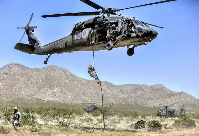 17984469200_da3c0ca456_z  US Army Soldiers and a UH60