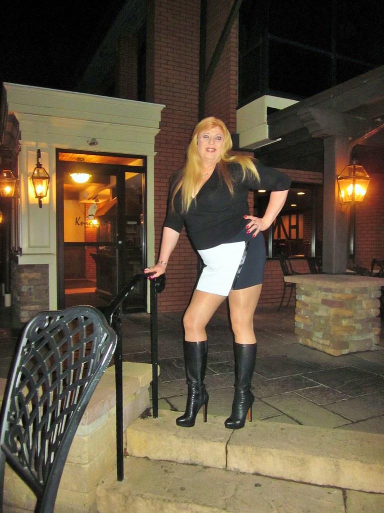 Wallpaper Country Girl Contrasting Mini Skirt Calvin Kline Boots Amp Long Hair