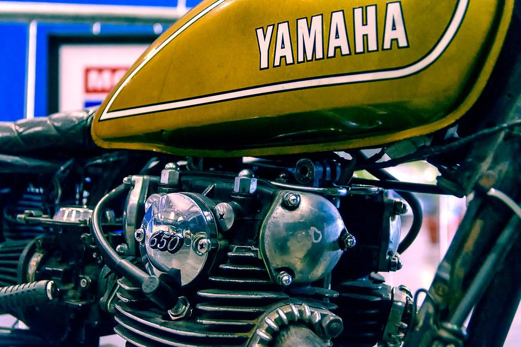 Yamaha 650 Exposición zero300