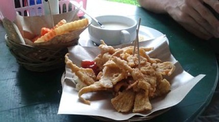 Kriusk, fries, and soup