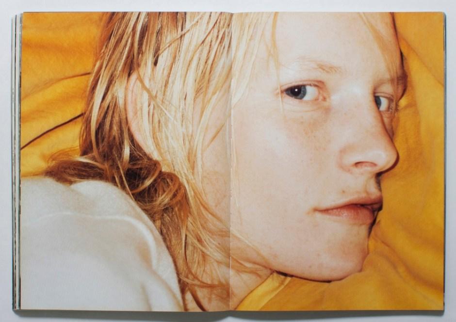 Joe_s-Magazine-Nov1998-Kirsten-Owen-ph-Juergen-Teller-03_vfiles