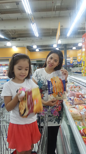 Grocery with Lucia