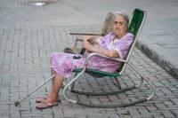 Granny in rocking chair (Havana) | Paul Hoogeveen | Flickr
