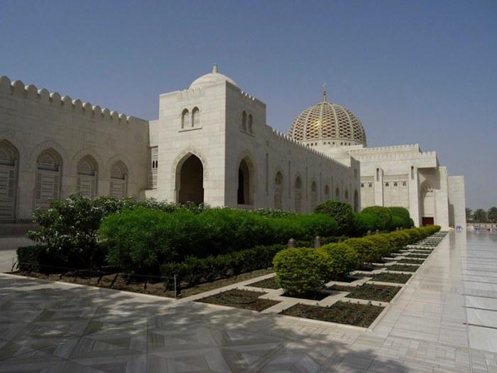 2015-04-TRA_Oman-Muscat-GrandMosque-01427