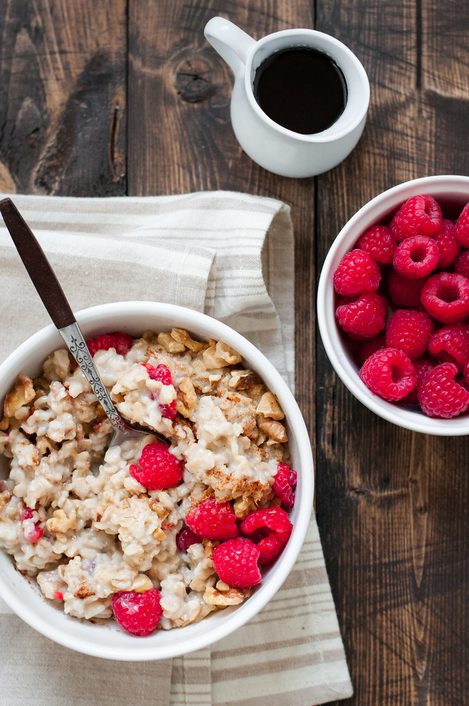 Easy everyday fresh fruit oatmeal