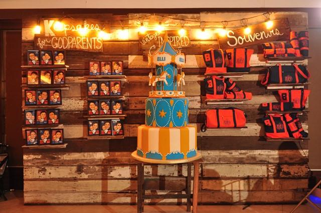 cake.favors