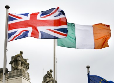 british-irish-flags-dublin-390x285.jpg (390×285)