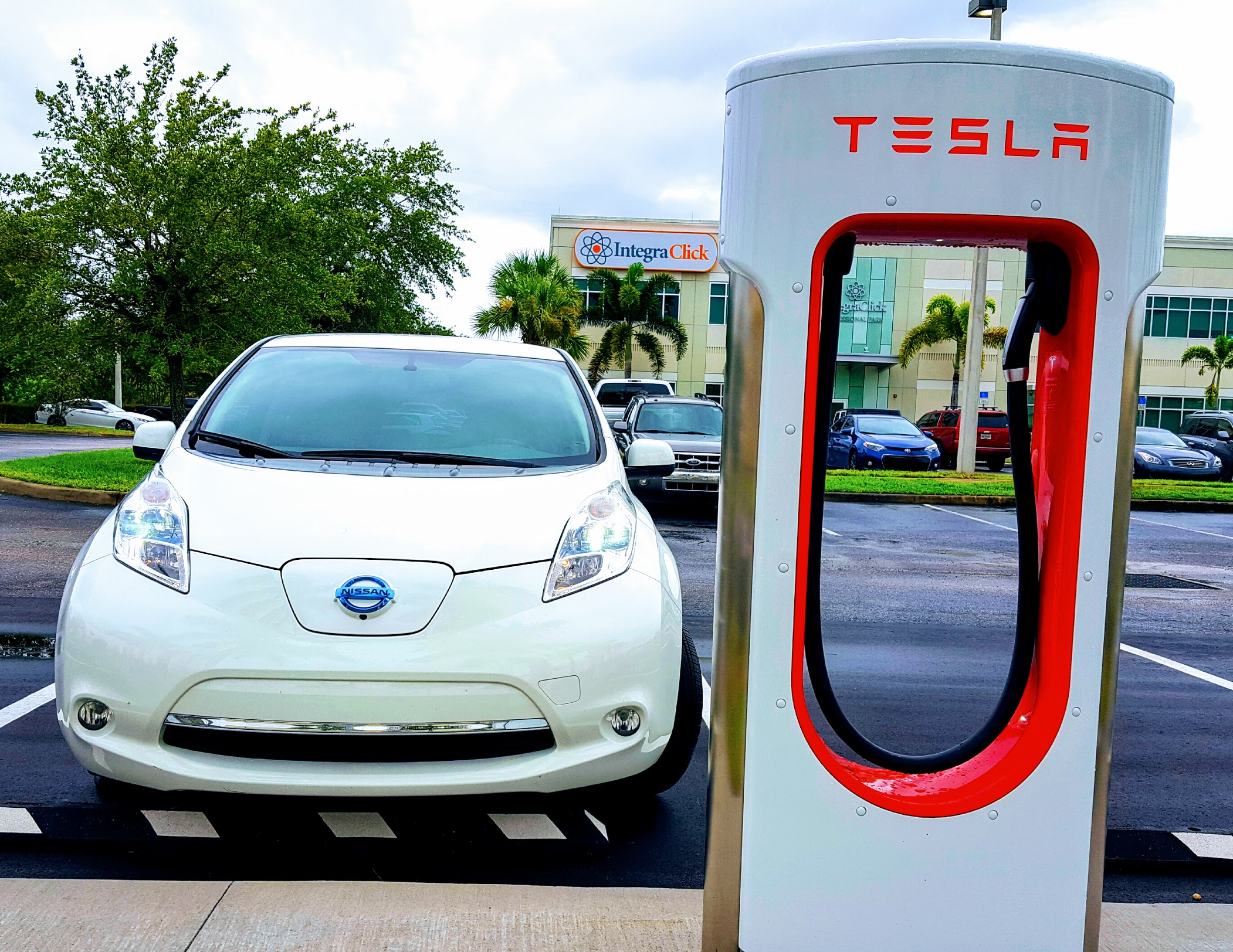 ... Title Of My CleanTechnica Article About The Presentation Was That  Access To Teslau0027s Supercharging Network Or A Comparable Superfast Charging  Network Was ...