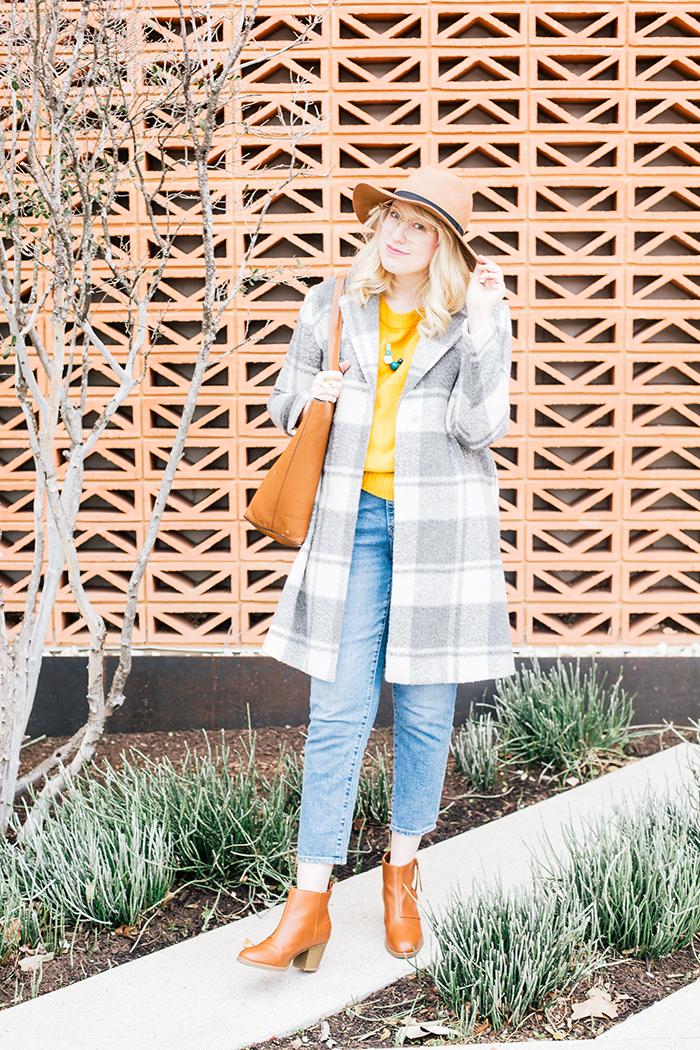 austin style blogger grey coat mustard sweater9