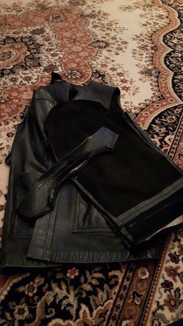Dismantling a leather jacket
