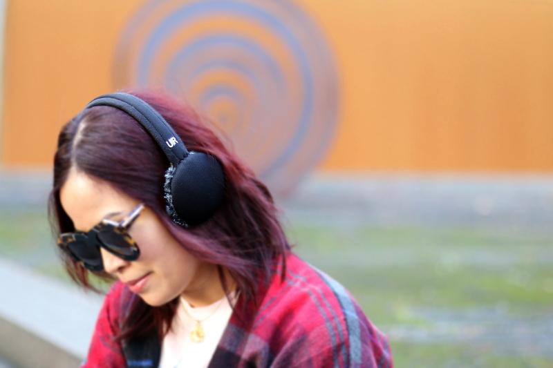 ur-powered-headphones-3