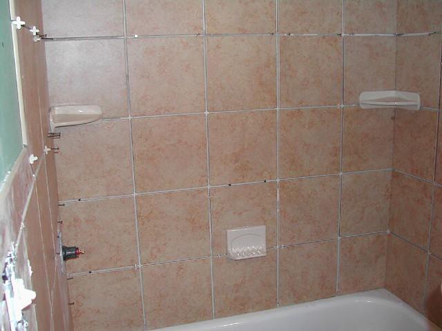 93Soap Dish Placement in Bath Tub Area  hughesbaths2