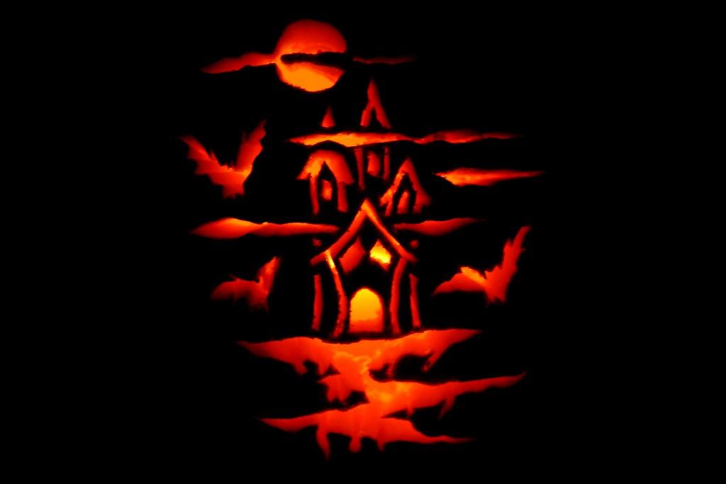 Eleni's Pumpkin Carving For 2010