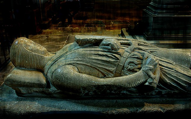 Tomb Effigy Of A Knight 1270 80 Pershore Abbey 20071001