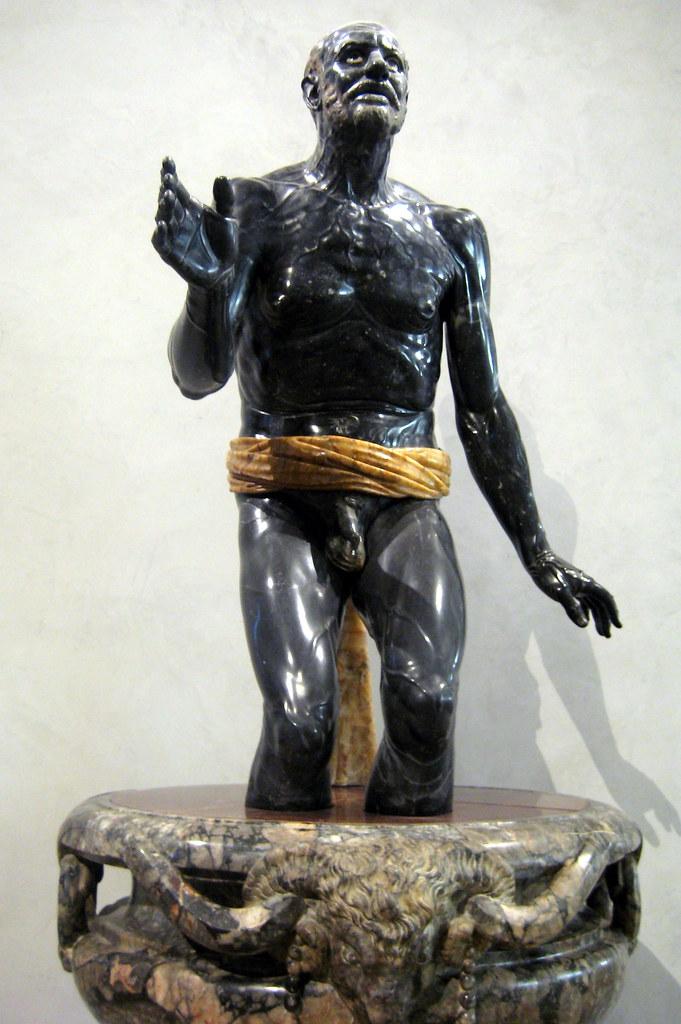 Paris  Muse du Louvre Vieux pcheur dit Snque mouran