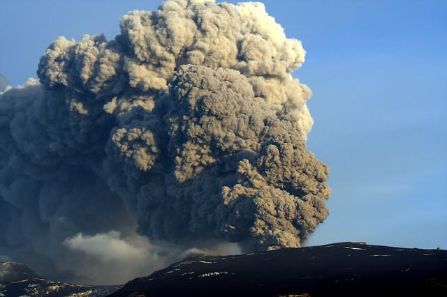 Eyjafjallaj 246 Kull Eruption S 246 Ring Flickr