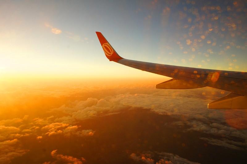 3d Wallpaper Clouds Nascer Do Sol Visto Da Janela Do Aviao Quando Estava Cheg