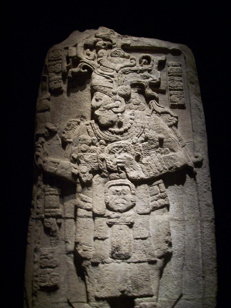 Estela 51 de Calakmul Campeche  Los saqueadores contaron