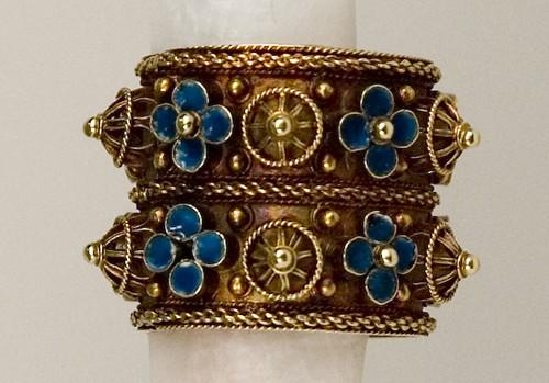 Jewelry 6711601  Wedding ring 16th  17th century