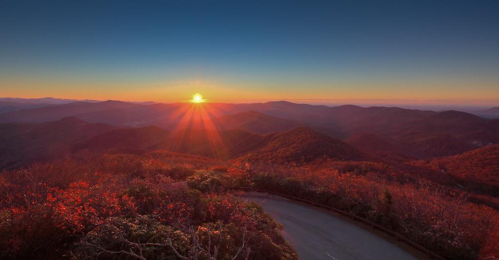 Sunrise at Brasstown Bald  Sunrise views atop Georgias