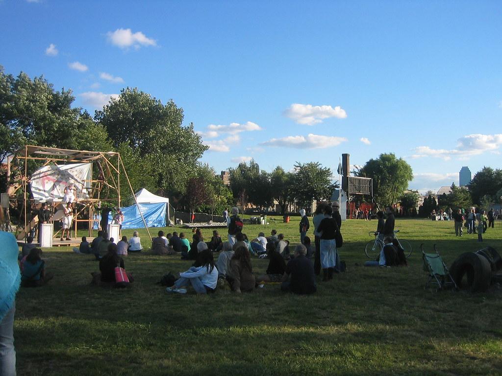 Environmental Theatre At The Socrates Sculpture Park Flickr