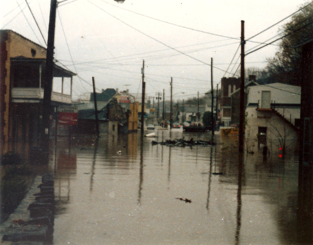 Election Day Flood of 1985  Water begins to recede in