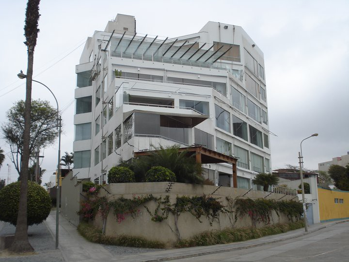La casa de Mario Vargas Llosa cuando vivia en Barranco  Flickr