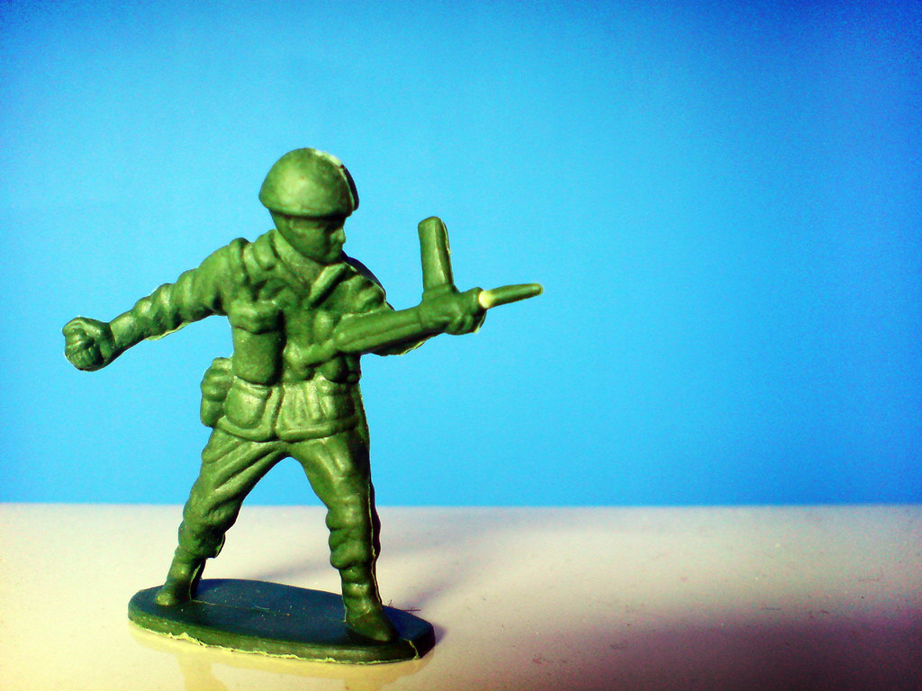 3d Wallpaper With White Background Green Toy Soldier Cross Process Effect From Within