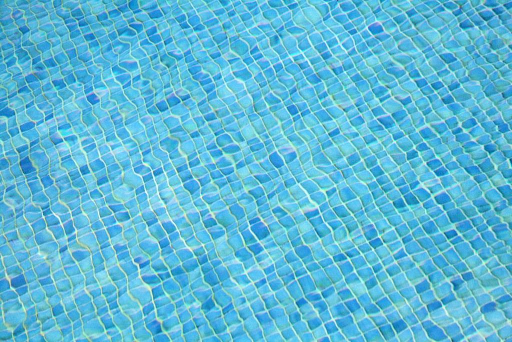 Fondo de piscina  Jorge Franganillo  Flickr