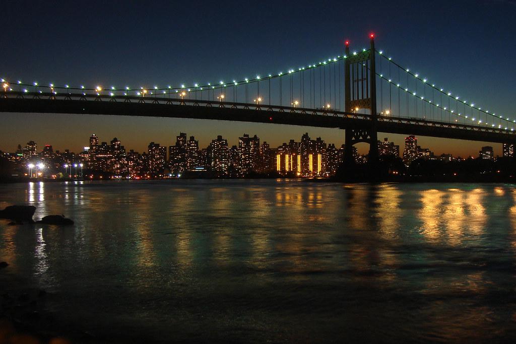 City Skyline Wallpaper Hd Triboro Bridge Nyc The Triborough Bridge And Manhattan