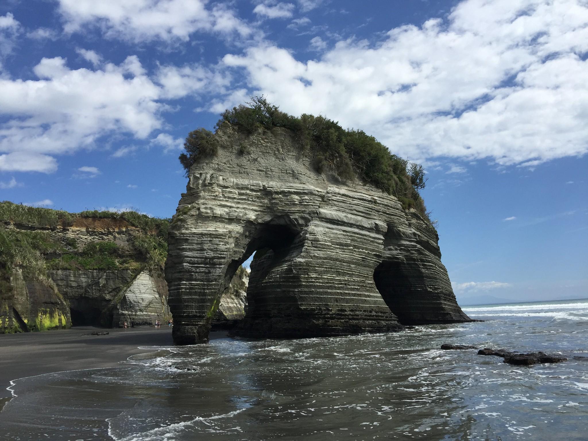 無敵元氣小寶貝: [2016 紐西蘭。北島] 『天時、地利、人和』萬事俱備才見得到的超可愛絕景大象石 - Three Sisters ...