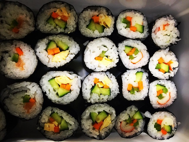 Sushi realizado con la ayuda del Hangiri