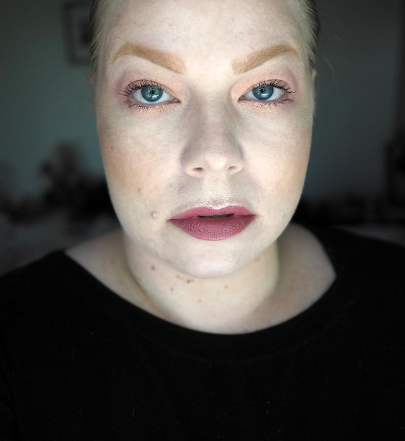 colourpop makeup ur mind no filter foundation concealer powder brow